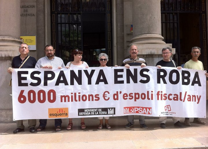 dividen-esos-que-han-mentido-adoctrinado-y-han-gastado-el-dinero-de-todos-en-fomentar-odio-entre-espanoles