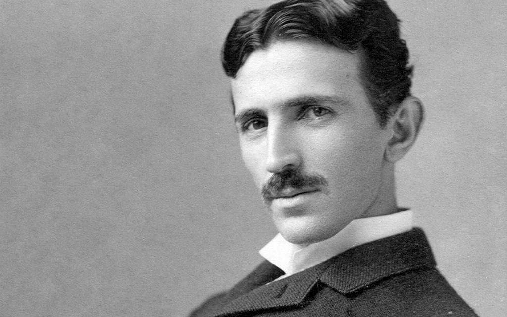 Nikola Tesla (en cirílico: Никола Тесла), (Smiljan, Imperio austríaco, actual Croacia, 10 de julio de 1856-Nueva York, 7 de enero de 1943)