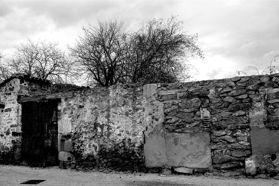 Paredón. Foto de Rodolfo Arévalo de la colección del autor titulada: GUERRA REINVENTADA.