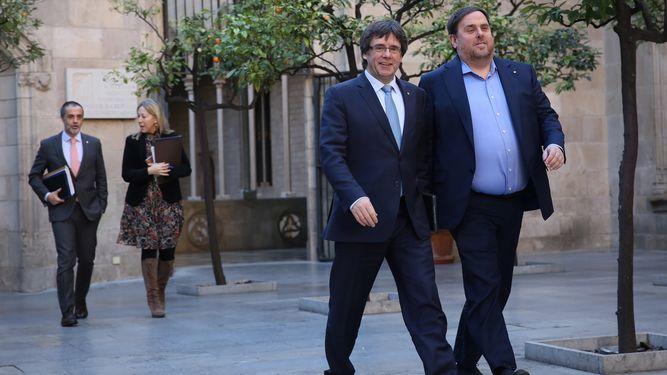 Puigdemont y Junqueras viajan a Bruselas para defender el ilegal referendum