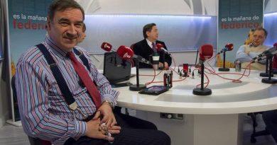 El periodista vuelve a las tertulias de Es la Mañana. Acompañado por Federico Jiménez Losantos