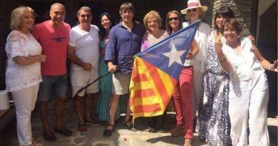 (y 4) Separatismo y parques temático:  El Far far away de la independencia, una mentira tras otra
