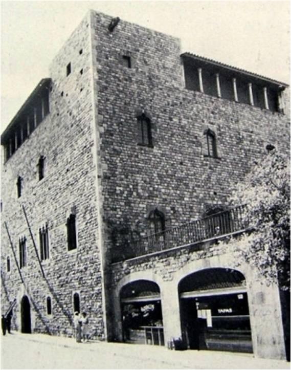 Nueva fachada del palacio Pignatelli.