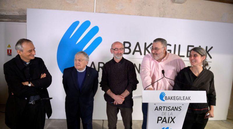 Matteo Zuppi, Harold Good, Mixel Berrokohrigan, Michel Tubiana y Araiz Funesas