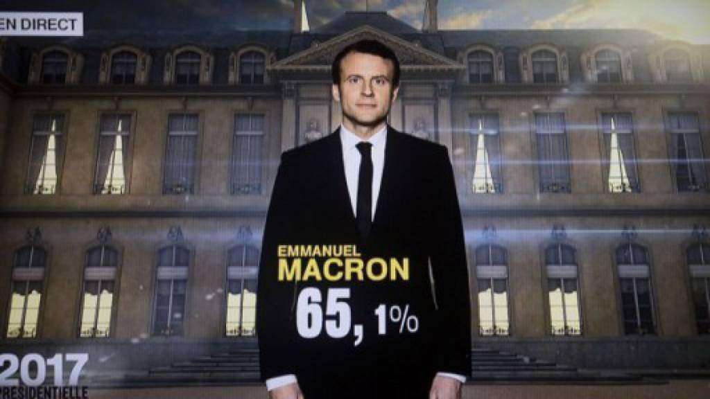Emmanuel Macron gana las elecciones y se convierte en el presidente más joven de Francia