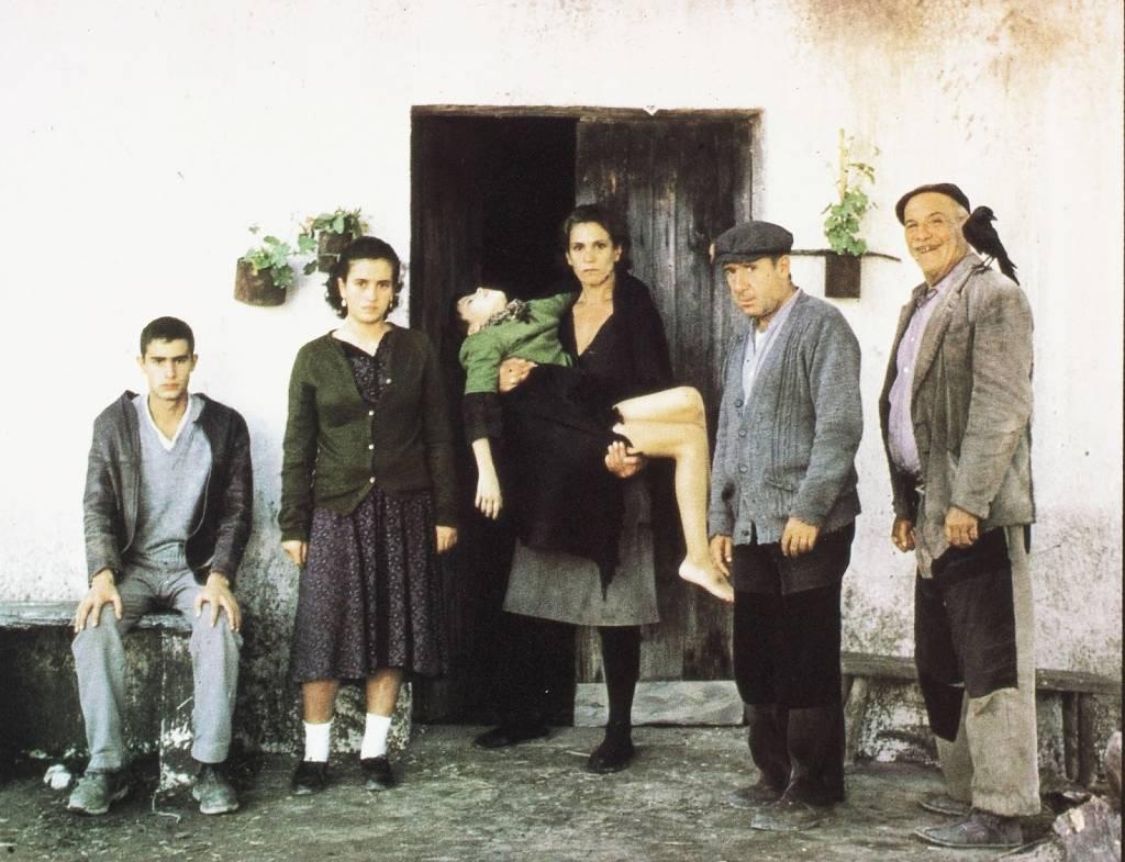 """Fotograma de la película """"Los Santos Inocentes"""" (1984) de Mario Camus"""