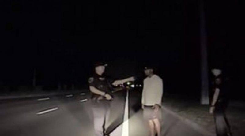 Así fue detenido Tiger Woods por la policía .