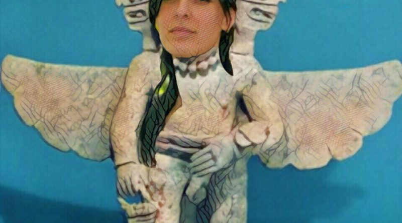 Serie Caraduras de Piedra. Rita Maestre