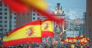 Solicitamos la adhesión de los españoles para impedir la desmembración de España