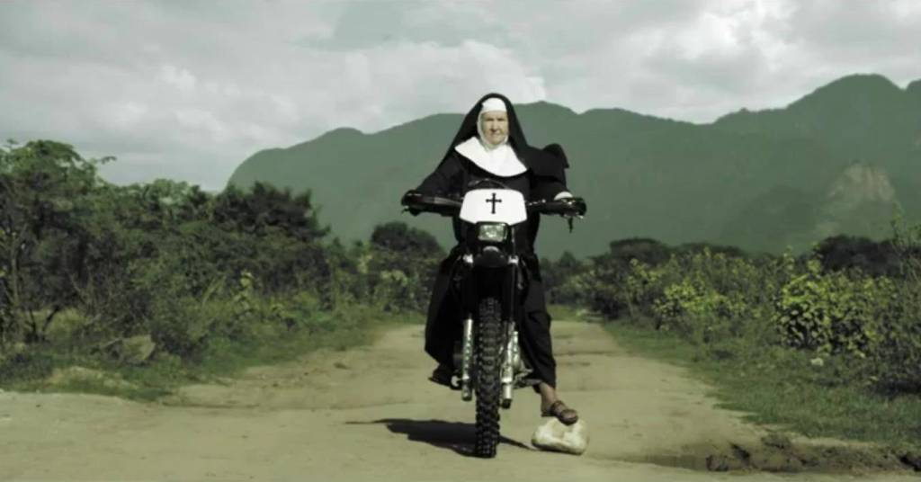 llegando al convento un día cualquiera