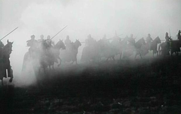Secuencias & Fotogramas en B & N - Página 5 Secuencia-de-la-Batalla-Campandas-a-Medianoche-Orson-Welles