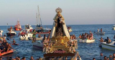 En rel día de la Virgen del Carmen ,felicidades a los que hoy celebran su santo y a los marineros
