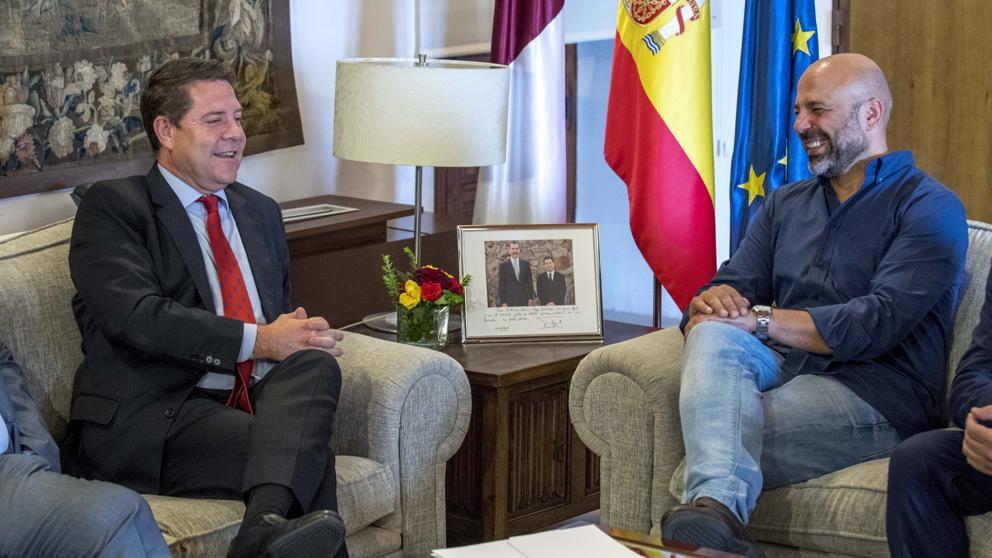 García-Page ofrece a Podemos entrar en el Gobierno para desbloquear los Presupuestos