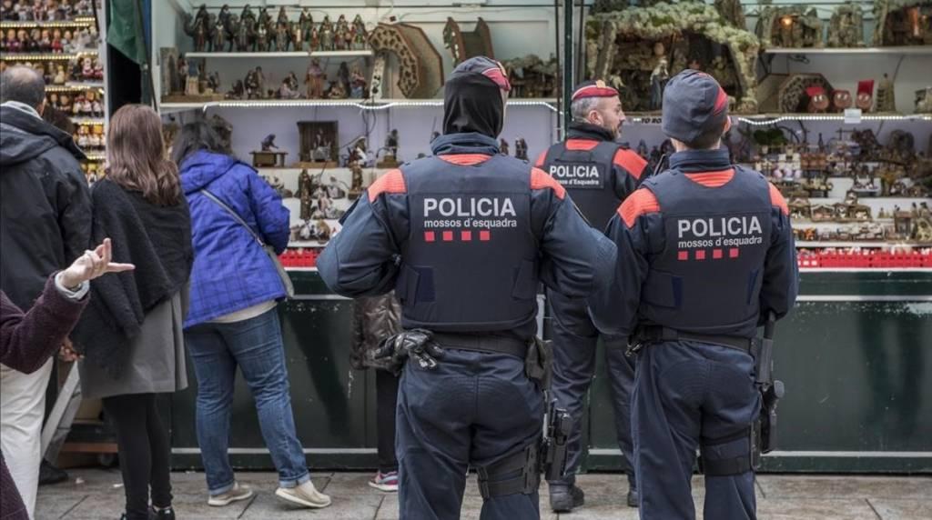 El portavoz del cuerpo catalán, Xavier Porcuna, subraya que no hay ninguna amenaza concreta contra Catalunya