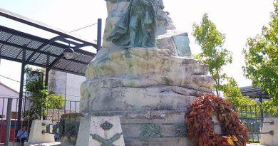 Monumento en Móstoles al Bando de sus Alcaldes el 2 de mayo de 1808