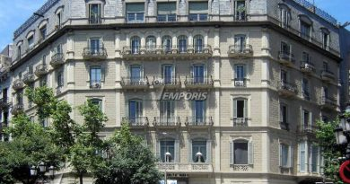 En la foto la casa de mis abuelos en Barcelona. Rambla de Cataluña 32.
