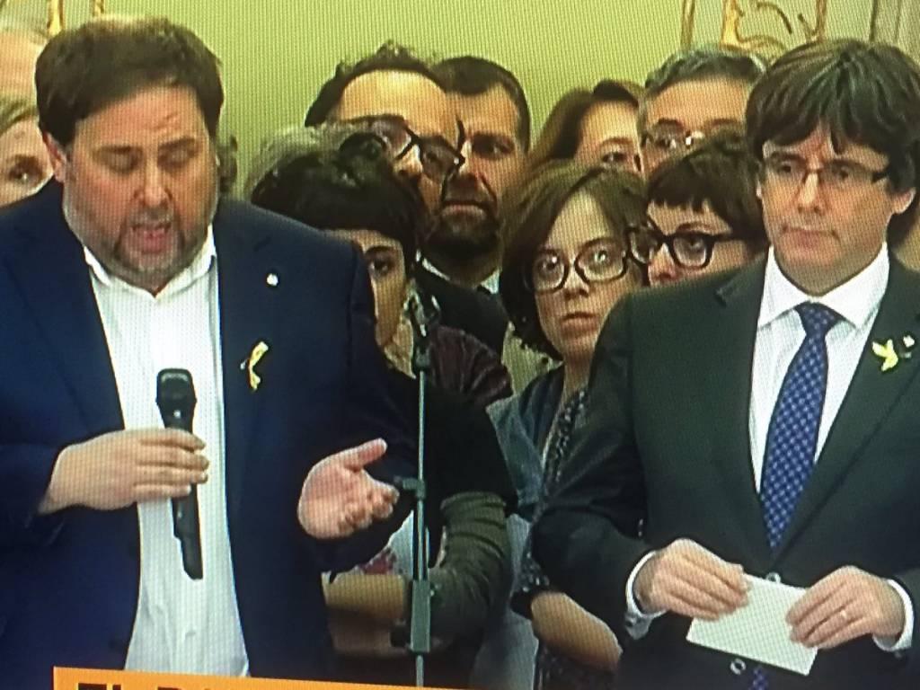 Este ramillete de impresentables,teniendo a España en jaque