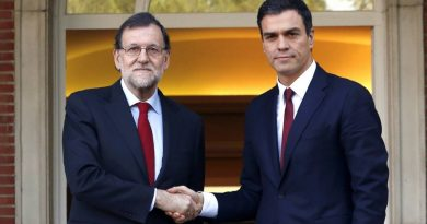 Rajoy y Sánchez, dos tontos muy tontos