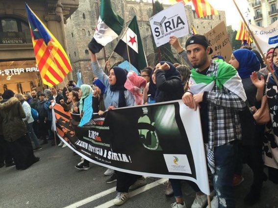 Entre los manifestantes en Barcelona también están los proterroristas que han particiapado del golpe de estado en Siria