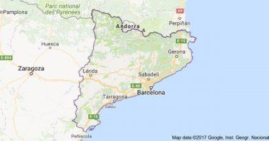 Cataluña es una comunidad autónoma española, considerada nacionalidad histórica, situada en el nordeste de la península ibérica