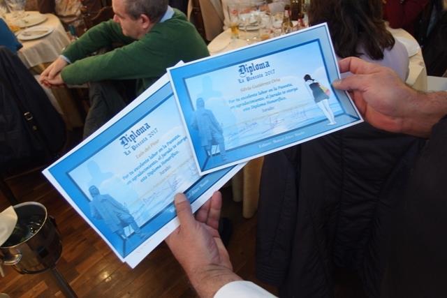Premiadas son Mercedes Ibáñez y María Castellano, por su gran dedicación a la Paseata, así como Fernando Iván de Cárcer