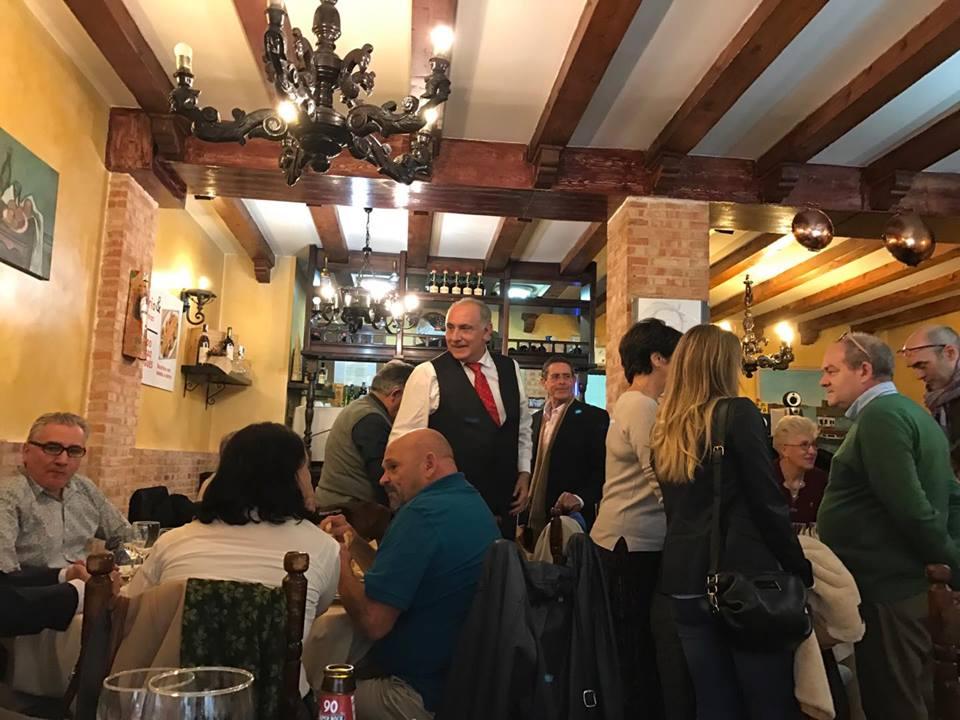 Taberna del Bacalhao Portugués, el local que nuestro amigo Manuel Artero ha elegido para la comida de hermandad de La Paseata