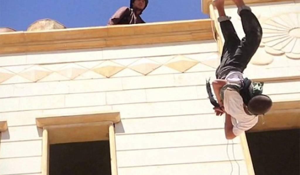 Estado Islámico realiza ejecuciones brutales delante de niños