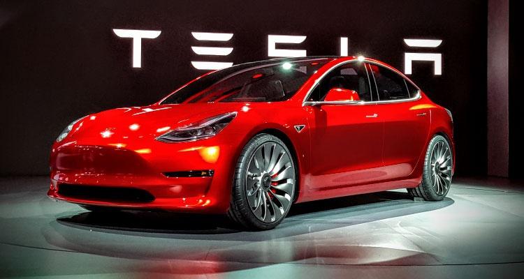 Ofrezcan precios asequibles para la compra de vehículos impulsados por electricidad, los Tesla son una buena opción, pero cuestan treinta mil euros, que no tenemos todos