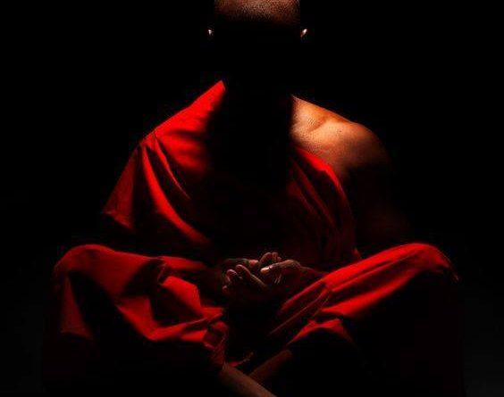 Es peor ser amigo de un mal hombre que enemigo de uno bueno».