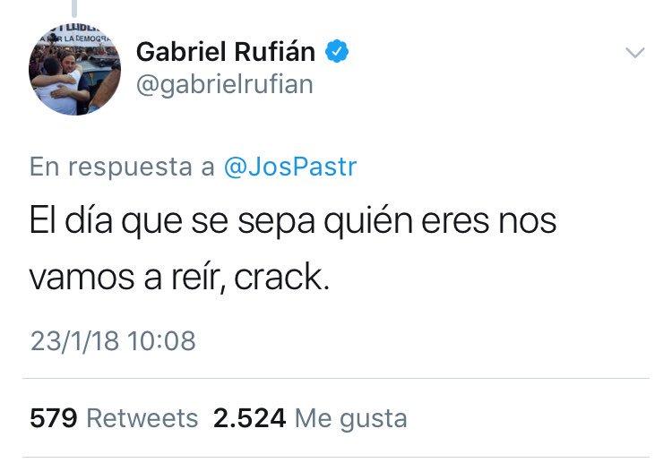 la bajeza moral de la izquierda española, capaz de señalar a una persona por sus ideales