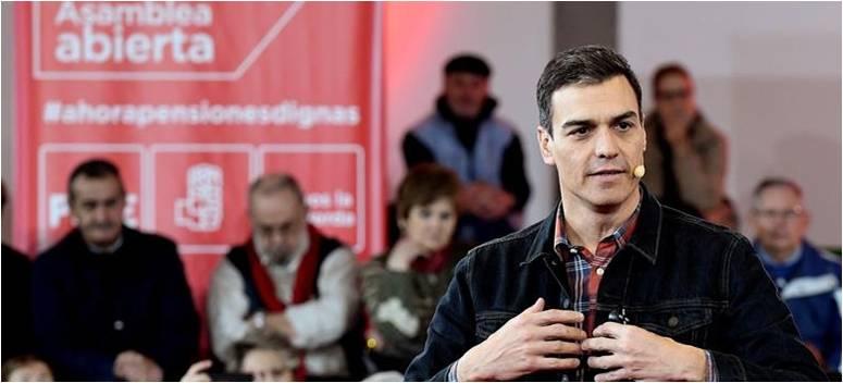 Zapatero en mayo de 2010 una media que atentó directamente contra los jubilados congeló pensiones además de bajar sueldos de funcionarios y no descartó más subidas de impuestos. Casi ocho años después, su sucesor en el partido socialista, Pedro Sánchez, dice ahora que solo el PSOE es capaz de ofrecer un futuro digno a los pensionistas