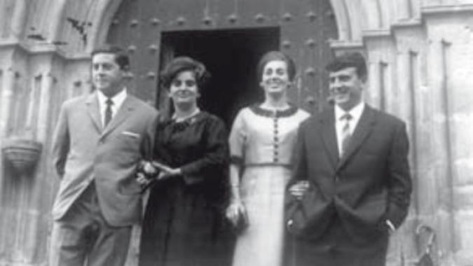 Todos en el pueblo conocían a Ramón porque además de haber sido teniente de alcalde y haber sido uno de los fundadores de UCD en Vascongadas, le salvó la vida a un niño en un acto heroico que pudo costarle la vida.