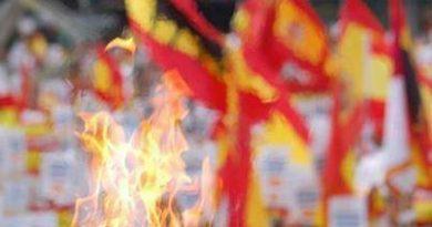 la-bandera-de-espac3b1a-y-el-respeto-a-los-muertos-por-la-patria