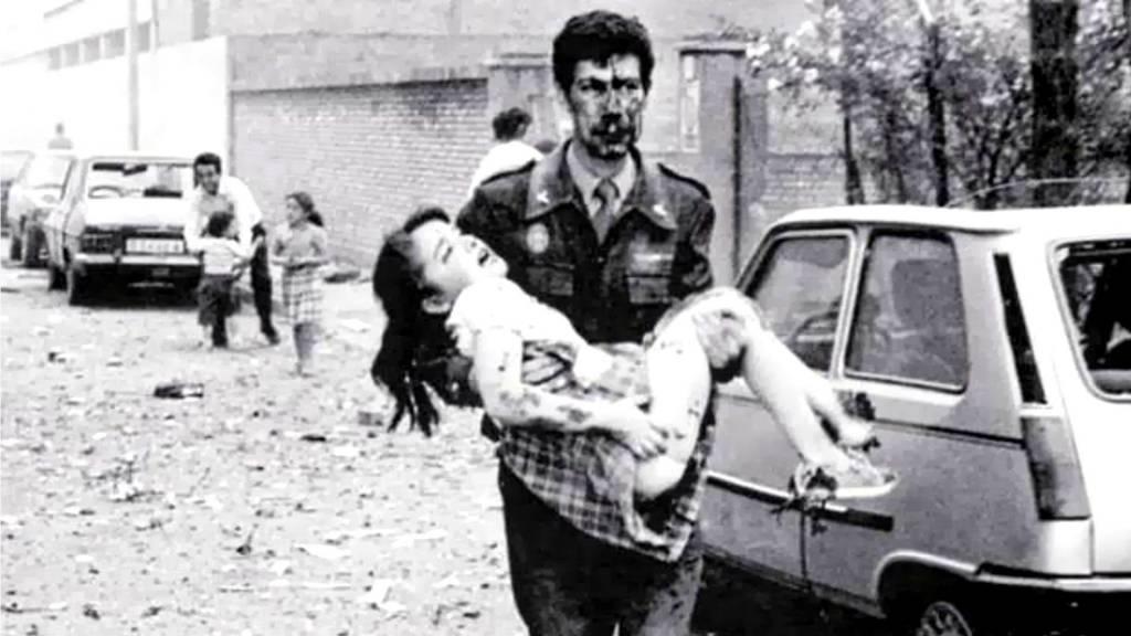 Juan de la Cruz, director de TVE-Navarra entre 1984-1986, guarda en su retina sangrientas imágenes de los crímenes de la banda criminal ETA
