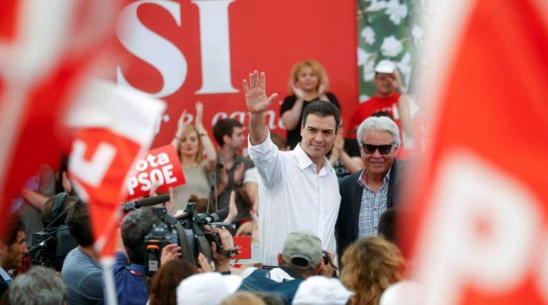 Felipe González y Pedro Sánchez en un acto electoral del PSOE