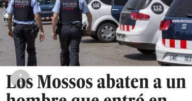 Mirad El País, cómo intenta hacer que los que creemos en Dios somos como los mahometanos