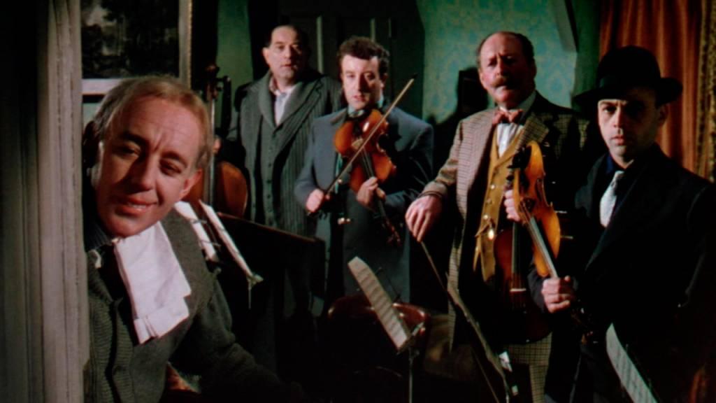 Alec Guinness en el quinteto de la muerte