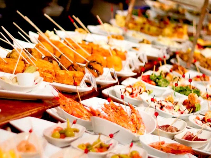 La cultura gastronómica del tapeo y de la cocina amarilla
