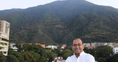 Noel Alejandro Leal Rojas: Tanto en Venezuela como en España sufrimos a la izquierda vegetariana que adormece  y la izquierda carnívora que mata. Por Manuel Artero