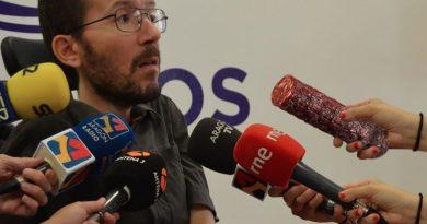 Pablo Echenique será multado si no corrige las obras ilegales de su piso en dos meses. Por Santi Orue
