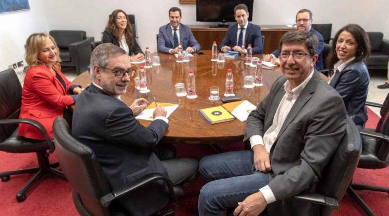 El PP echa en cara a Cs que busque los votos del PSOE para la investidura en Andalucía