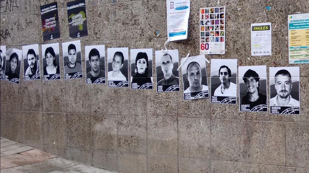 Fotos de terroristas en Galdácano entre los que se encuentra