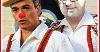 """LA TABERNA DE PLATON LOS HERMANOS TONTETI -A mí me la suda lo de Cataluña…En todo caso lo siento por mis parientes que viven allí y no son independen…A lo peor terminan exiliados o en campos de reeducación…Pero bueno ya saldrán encapuchados a quemar contenedores nacionalistas…¡o no! -Pero como ciudadano me irrita que el gobierno de mi país, incluyendo Cataluña, esté en manos de dos payasos sangrientos…Uno de ellos con rasgos narcisistas psicopáticos y otro al que sólo le falta el bigotillo nazi debajo de su narizota… -Pero como decía aquel: """"cosas veredes, Cid que farán fablar las piedras"""""""