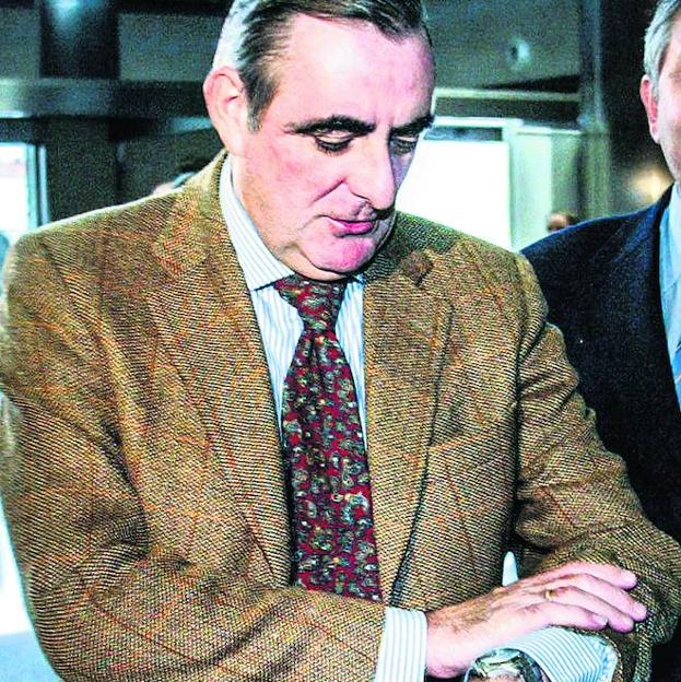 Ramón ha sido parte fundamental en la moción de censura que derribó a Rajoy y de la llegada de Sánchez al poder y con ello, solo pretende sacar tajada y desestabilizar al estado español