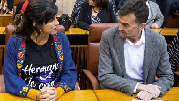 Teresa Rodríguez y Antonio Maíllo. Fotografía de Raúl Caro