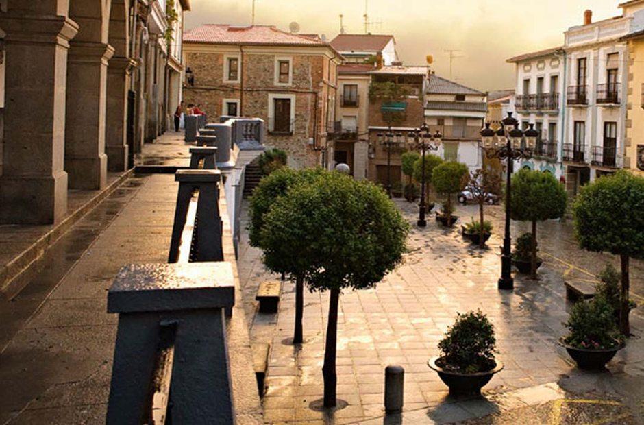 Aspecto actual de la plaza Mayor de Jaraíz de la Vera. Extremadura