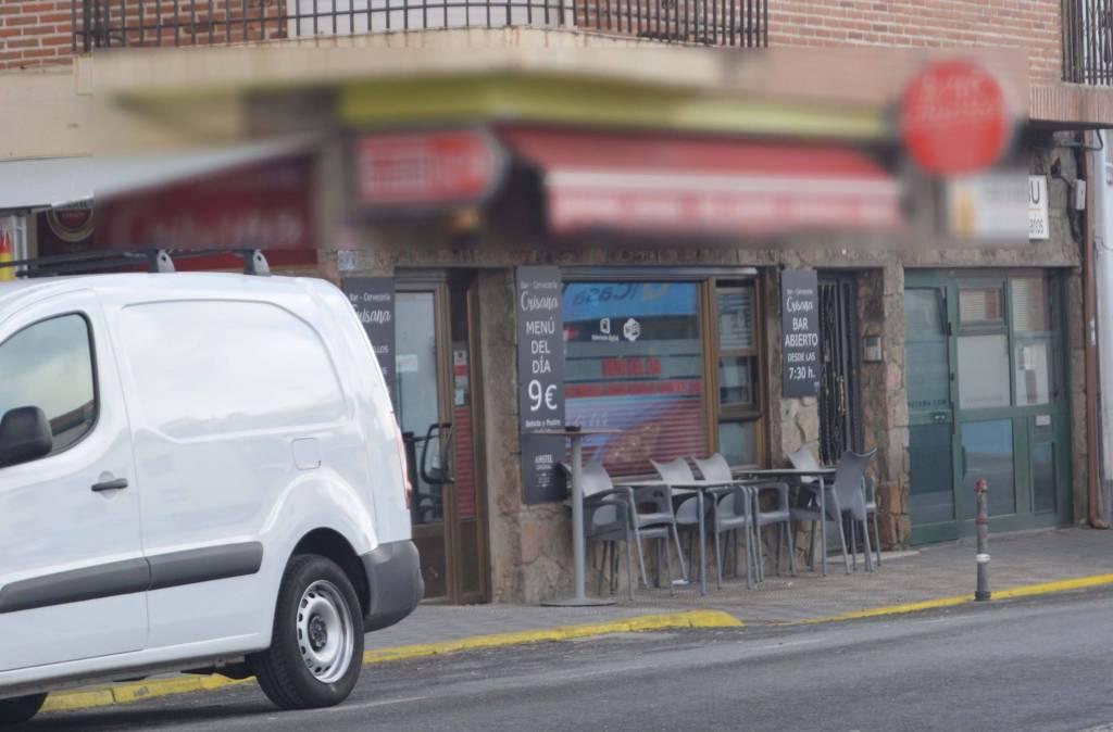 Un bar de antígua carretera. Foto de Rodolfo Arévalo