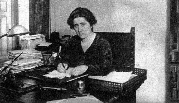 Clara Campoamor, escritora y política liberal que impulsó el sufragio femenino en España