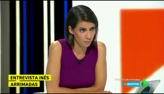 Ana Psator durante una entrevista a Inés Arrimadas. Los niñatos del odio y el rechazo nunca oyeron el Himno a la Alegría.