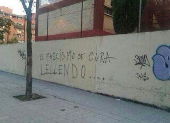 Estamos derivando a España hacia una sociedad enferma de pensamiento